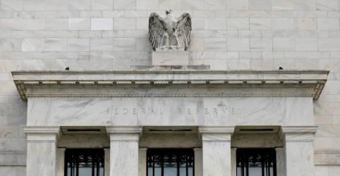Placeholder - loading - 'Hawks' do Fed marcam presença antes de discurso de Powell