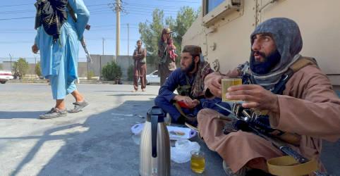 Placeholder - loading - Imagem da notícia ANÁLISE-Ataque do Estado Islâmico aponta Taliban como opção menos pior do Ocidente no Afeganistão
