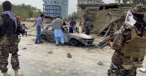 Placeholder - loading - Imagem da notícia Foguetes visam soldados dos EUA em Cabul em meio a partida de diplomatas