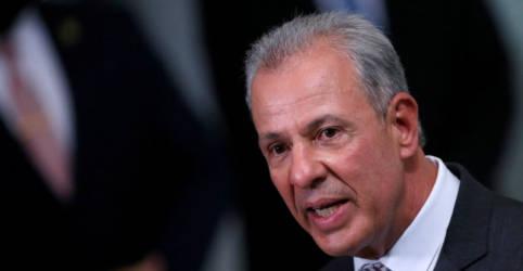 Placeholder - loading - Imagem da notícia Ministro de Minas e Energia fará pronunciamento nesta terça em meio a crise hídrica