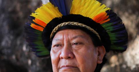 Placeholder - loading - Imagem da notícia Líder ianomâmi Davi Kopenawa vê tempos difíceis para os indígenas do Brasil