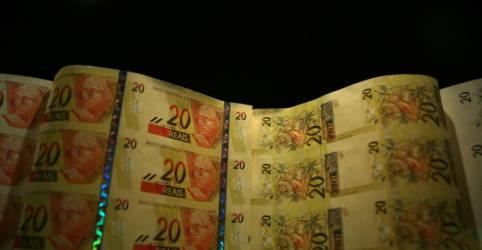 Placeholder - loading - Imagem da notícia Governo prevê dívida bruta caindo a 79,8% do PIB em 2022, diz Funchal