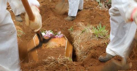 Placeholder - loading - Imagem da notícia Brasil registra mais 839 mortes por Covid e total supera 580 mil