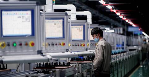 Placeholder - loading - Imagem da notícia Indústria da China tem contração pela 1ª vez desde abril de 2020, mostra PMI do Caixin