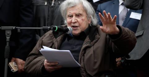 Placeholder - loading - Imagem da notícia Compositor da trilha de 'Zorba o Grego', Theodorakis morre aos 96 anos