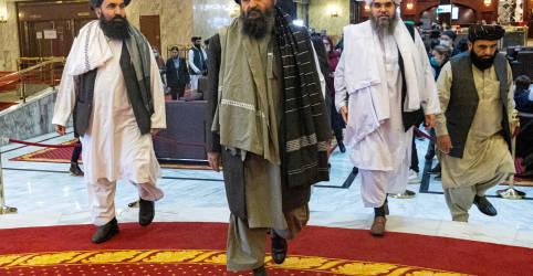 Placeholder - loading - Imagem da notícia Fontes do Taliban relatam queda de último bastião de resistência afegão