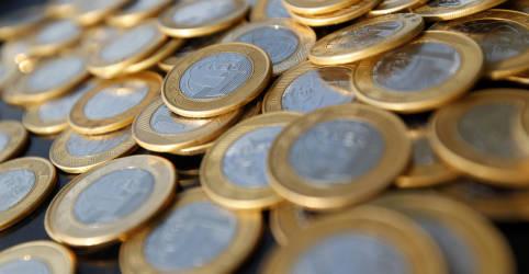 Placeholder - loading - Imagem da notícia Poupança tem saída líquida de R$5,468 bi em agosto, diz BC