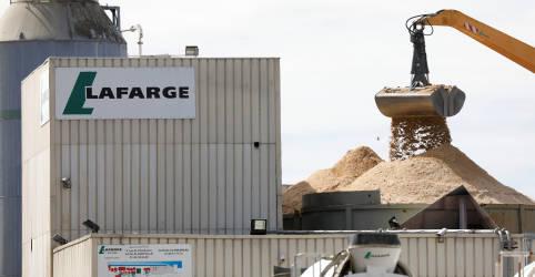 Placeholder - loading - Imagem da notícia Holcim vende negócios de cimento no Brasil para CSN por US$1,025 bi