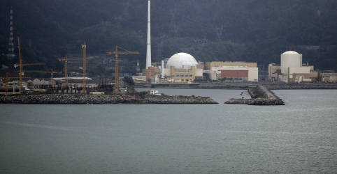 Placeholder - loading - Imagem da notícia País cria estatal para deter Eletronuclear e Itaipu com desestatização da Eletrobras