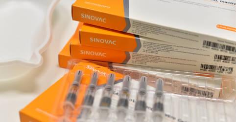 Placeholder - loading - Imagem da notícia Estudo da Malásia diz que CoronaVac é eficiente contra casos graves de Covid