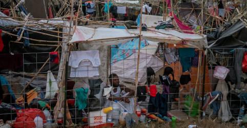 Placeholder - loading - Imagem da notícia ONU pede que Brasil receba haitianos acampados na fronteira EUA-México