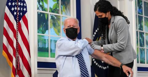 Placeholder - loading - Imagem da notícia Biden recebe vacina de reforço contra Covid em meio a distribuição de doses adicionais