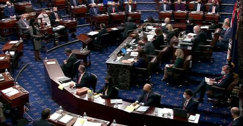 Placeholder - loading - Democratas do Senado dos EUA planejam votar limite da dívida após Biden falar sobre fim de obstrução
