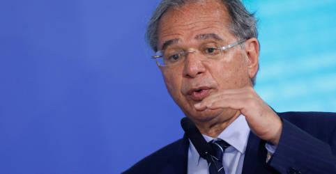 Placeholder - loading - Imagem da notícia Governo avalia licença para gasto de R$30 bi fora do teto para bancar Bolsa Família, diz Guedes