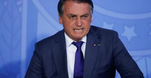 Placeholder - loading - Imagem da notícia Bolsonaro garante que governo cumprirá teto e diz que mercado ficou 'nervosinho'