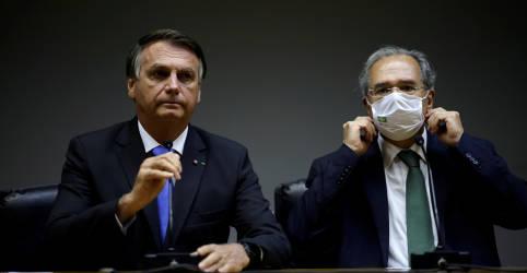 Placeholder - loading - Imagem da notícia Economia está ajustada, não tem solavanco, diz Bolsonaro após se reunir com Guedes