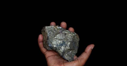 Placeholder - loading - Imagem da notícia Sul-africana Sibanye compra minas de níquel e cobre no Brasil