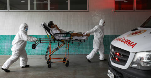 Placeholder - loading - Brasil registra 1.386 novas mortes por coronavírus; total vai a 254.221
