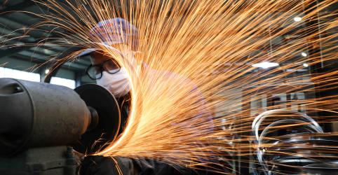 Placeholder - loading - Expansão da atividade industrial da China cai em fevereiro a mínima de 9 meses, mostra PMI do Caixin