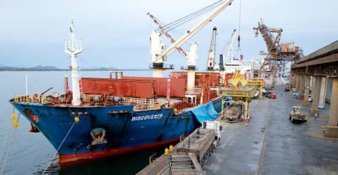 Placeholder - loading - Brasil tem superávit comercial de US$1,152 bi em fevereiro, pior resultado para o mês desde 2015
