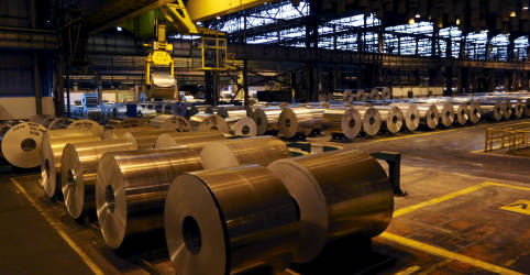 Placeholder - loading - Imagem da notícia Indústria do Brasil começa 2021 com crescimento, mas mostra perda de força