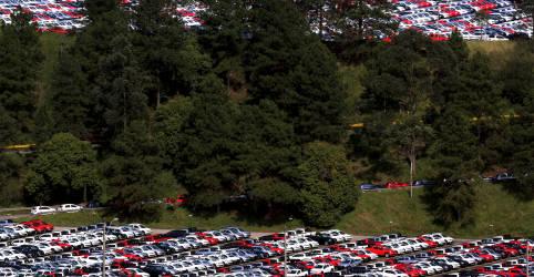 Placeholder - loading - Imagem da notícia Produção e venda de veículos caem em fevereiro, diz Anfavea