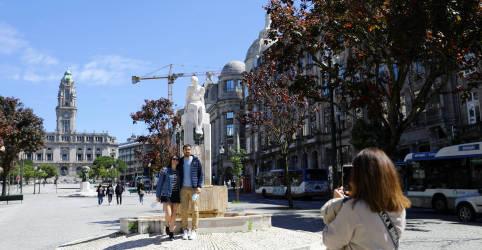 Placeholder - loading - Turistas britânicos voltam a Portugal após fim da proibição de viagens