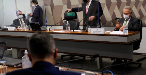 Placeholder - loading - CPI da Covid aprova convocações de Élcio Franco e de secretário do Ministério da Saúde