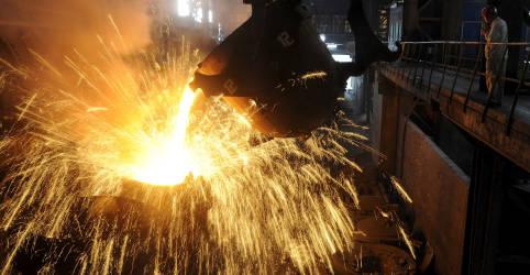 Placeholder - loading - Minério de ferro tem maior queda semanal desde março na China