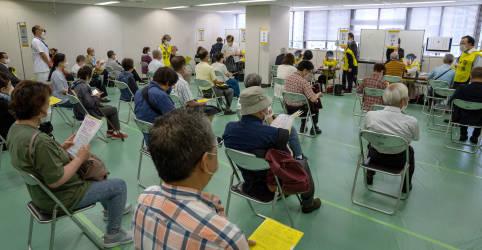 Placeholder - loading - Japão abre centros de vacinação em massa para idosos antes da Olimpíada
