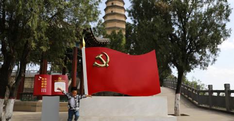 Placeholder - loading - Imagem da notícia Nova política chinesa de 3 filhos provoca ceticismo e dúvidas sobre custos