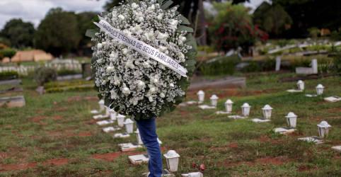 Placeholder - loading - Imagem da notícia Brasil registra 2.408 novas mortes por Covid-19 e total atinge 465.199