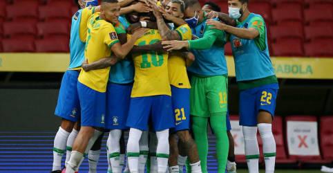 Placeholder - loading - Imagem da notícia Jogadores da seleção farão manifesto, mas devem anunciar que disputarão Copa América
