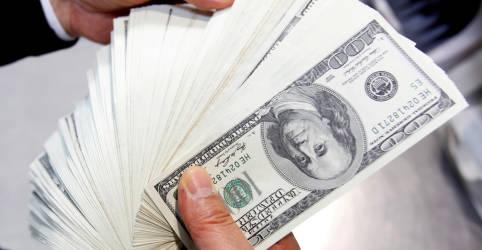 Placeholder - loading - Imagem da notícia Dólar tem leve alta antes de dados dos EUA e decisões de política monetária