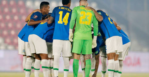 Placeholder - loading - Imagem da notícia Jogadores da seleção se dizem contra Copa América, mas confirmam participação no torneio