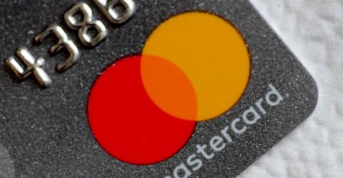 Placeholder - loading - Imagem da notícia Mastercard remove marca da Copa América no Brasil em meio a preocupações sobre Covid