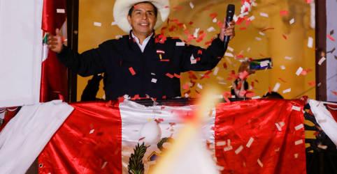 Placeholder - loading - Margem de 70 mil votos aproxima Castillo de vitória no Peru em meio a acusações de fraude