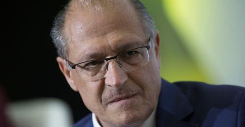 Alckmin diz ter aliança encaminhada com quatro partidos e faz afago a Maia e ao DEM