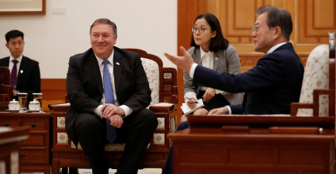 Placeholder - loading - Imagem da notícia Pompeo diz que sanções à Coreia do Norte continuarão até desnuclearização completa