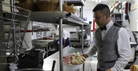 Setor de serviços cresce 1,0% em abril