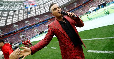 Rússia declara aberta Copa do Mundo em cerimônia liderada por Robbie Williams
