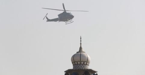 Placeholder - loading - Imagem da notícia Afeganistão diz que líder do Taliban paquistanês foi morto em ataque aéreo perto da fronteira