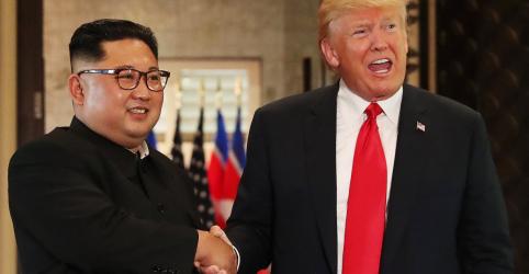 Placeholder - loading - Imagem da notícia Trump diz que irá ligar para líder norte-coreano no domingo