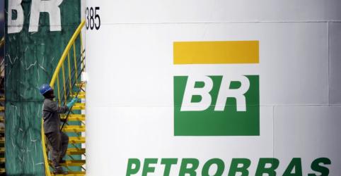 Placeholder - loading - Petrobras reduz gasolina em 0,89% nas refinarias a partir de sábado