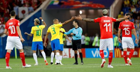 Placeholder - loading - Imagem da notícia CBF questiona Fifa por procedimentos de árbitro de vídeo no empate do Brasil com a Suíça