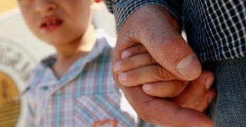 Placeholder - loading - México diz que separação de filhos de pais imigrantes nos EUA é 'desumana' e 'racista'