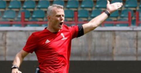 Placeholder - loading - Imagem da notícia Holandês Kuipers será árbitro de Brasil x Costa Rica