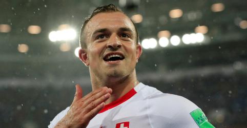 Placeholder - loading - Suíça marca no fim com Shaqiri e bate Sérvia por 2 x 1