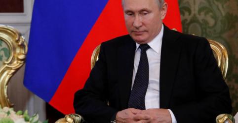 Kremlin minimiza queda em aprovação de Putin por plano de aumentar idade de aposentadoria