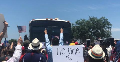 Placeholder - loading - EUA suspendem temporariamente julgamentos de imigrantes ilegais que entram no país com filhos